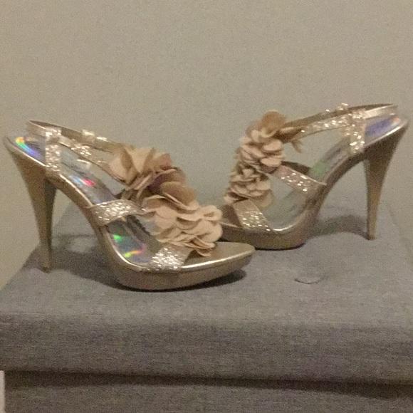 668da85d68e7a Gold Cream Glitter Wedding Prom Party Flower Heels